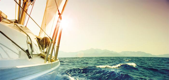 Phần mềm CRM giúp doanh nghiệp tự tin vươn ra biển lớn
